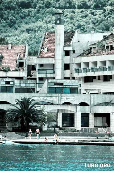 abandoned-montenegro_02-gunnar-ploner_480